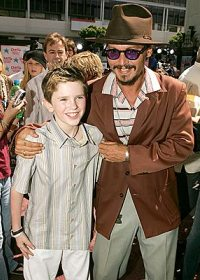 Johnny Depp and Freddie at the Charlie premiere