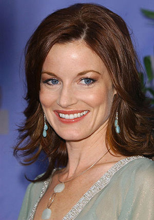 Laura Leighton is returning to her old Melrose Place address