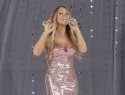 Mariah Carey curses as wardrobe malfunctions on live TV