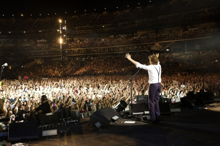 Paul McCartney rocks 120,000 people in NYC