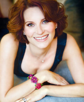 Follow Meg Cabot on Twitter!