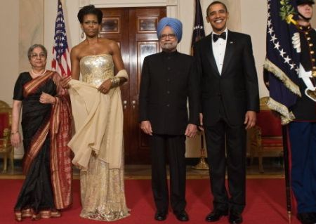 Michelle Obama, President Obama and the PM of India and his First Lady