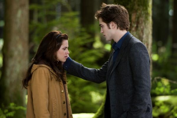 Edward leaves Bella, but forever?