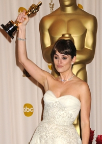 Penelope Cruz wins an Oscar and SK Entertainment is there