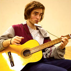 Robert Pattinson are you Bob Dylan