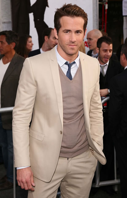 Ryan-Reynolds-The-Proposal-premiere
