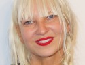 Sia takes privacy seriously, won't show her face (VIDEO)