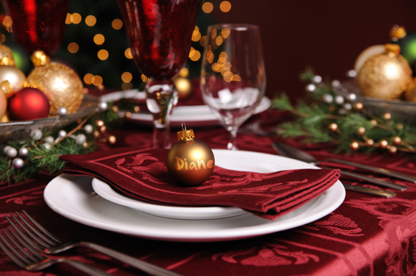 8 simple place card ideas Christmas place setting ideas