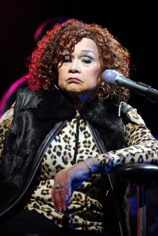 Etta James is not happy with Beyonce