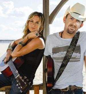 Sugarland is Jennifer Nettles and Kristian Bush