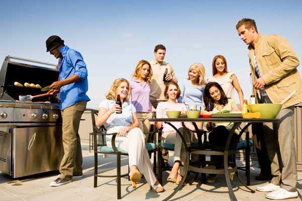 Food safety tips for cookouts