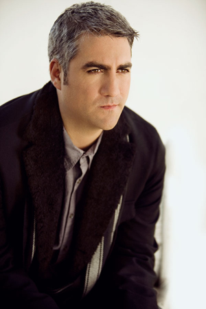 Taylor Hicks, from American Idol to The Distance