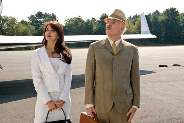 Aishwarya Rai and Steve Martin in Pink Panther 2