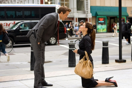 Ryan Reynolds and Sandra Bullock explore The Proposal on DVD