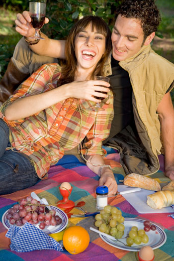 Pack the perfect summer picnic