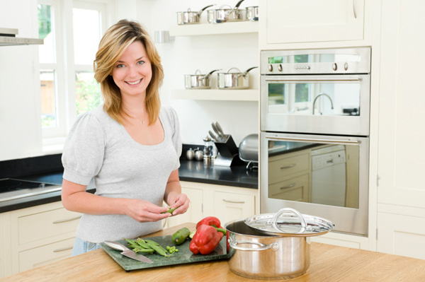 Woman preparing quick dinner
