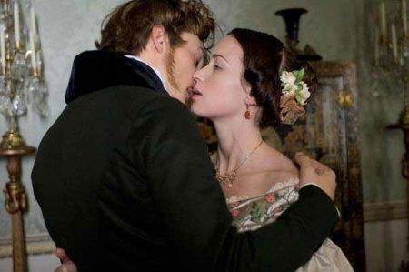 Rupert Friend and Emily Blunt in Young Victoria