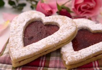 Linzer cookies for the Day of Love
