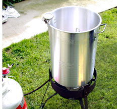 turkey fryers, frying a whole turkey