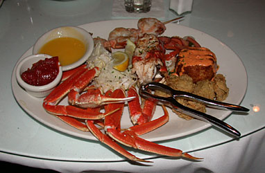 seafood platter, restaurant at the beach club