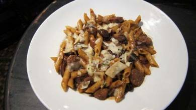 Rigatoni with sausage and mushrooms
