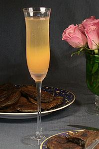 Mango Bellini Cocktail