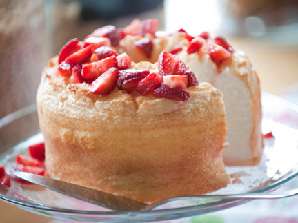 Classic angel food cake recipe classic angel food cake forumfinder Gallery