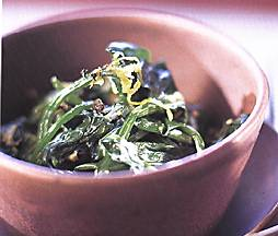 Gujerati Style Spinach with Lemon and Black Pepper