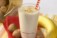 Awesome Banana Walnut Shake