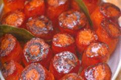 Jamie Oliver's Sticky Saucepan Carrots
