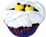 Yummy Mummy Cupcakes for Halloween