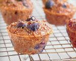 The Biggest Loser's Mini Blueberry Bran Muffins