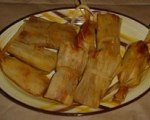 Chicken or Pork Tamales with Cilantro Sauce