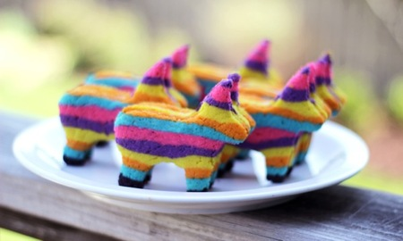 Piñata cookies, just in time for Cinco de Mayo