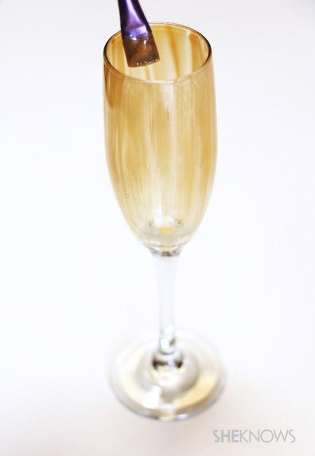 Paint champagne glasses