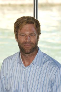"Aaron Eckhart at Press Conference for ""The Black Dahlia"""