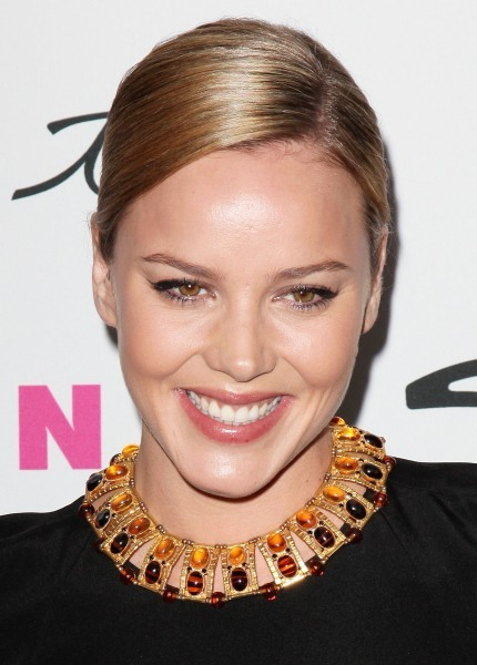 Abbie Cornish's sleek, updo hairstyle