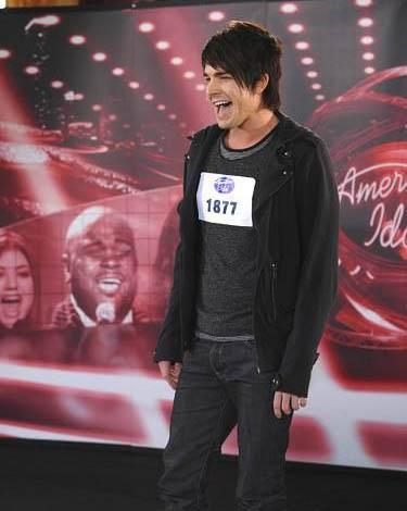 Adam Lambert auditions for Season 8
