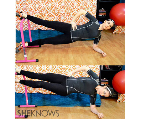 Side plank with hip adduction