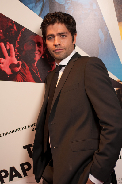 Vincent Chase and Adrian Grenier look eerily similar...