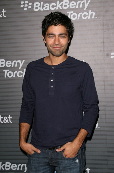 Adrian Grenier without his luscious locks...he still looks delicious