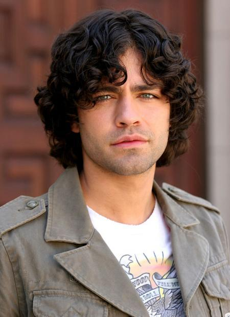Adrian Grenier channels the '90s grunge era very well here...