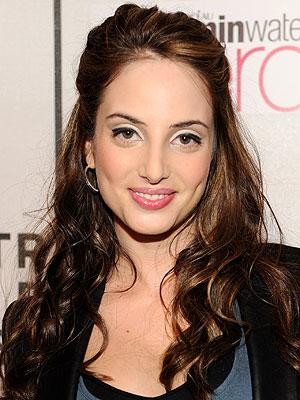Alexa Ray Joel debuts New Nose