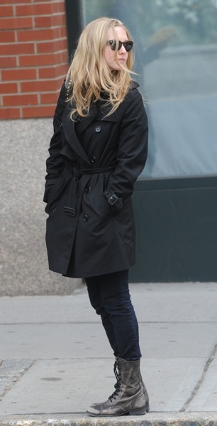 Amanda Seyfried in army boots
