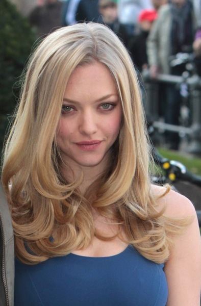 Amanda Seyfried with low curls