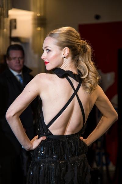 Amanda Seyfried backless dress