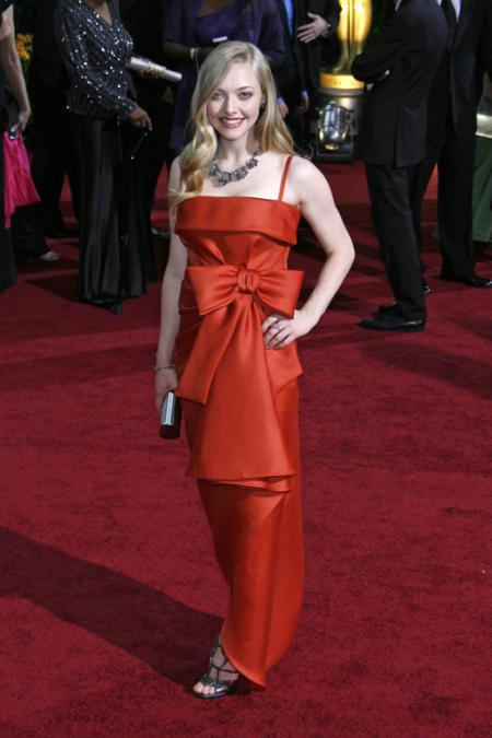 Amanda Seyfried performed at the 2009 Oscars