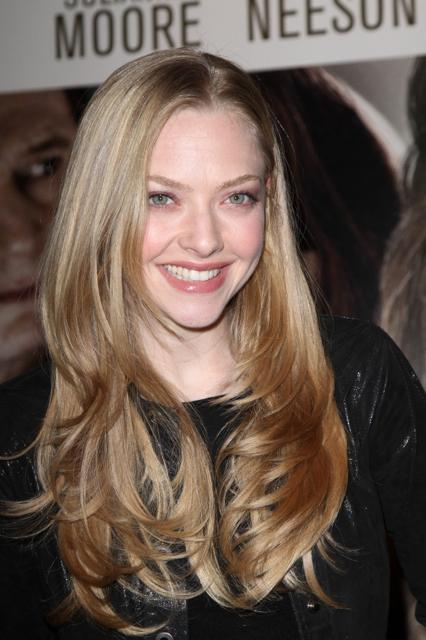 Amanda Seyfried's long layered hairstyle