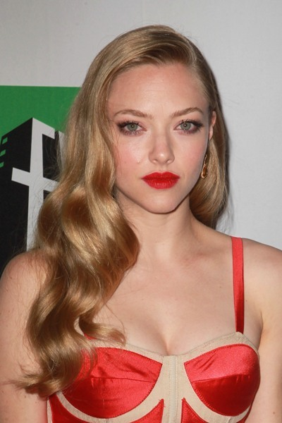 Amanda Seyfried with a red lip