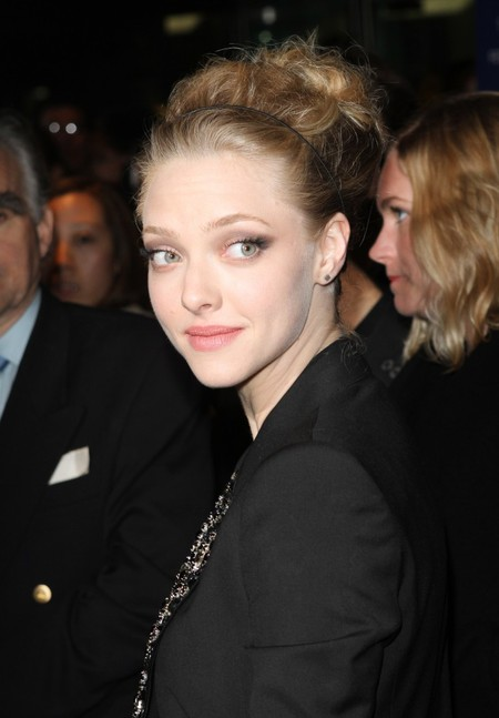 Amanda Seyfried's Tamed Updo